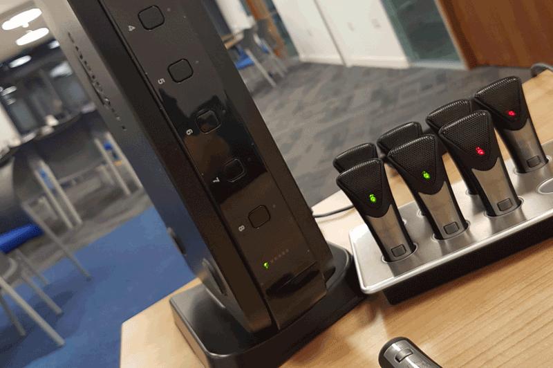 audio visual hardware / audio hardware