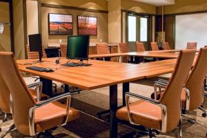 webcast meeting software