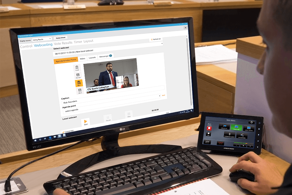Hybrid meeting operator can manage the meeting and the webcast using one solution, SpaceManager
